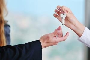Передача ключей от дарственной квартиры при разводе