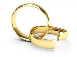 Обручальные кольца разорвались, грядет развод через ЗАГС
