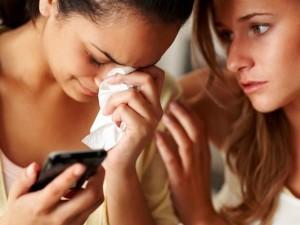 Развод - женщина плачет